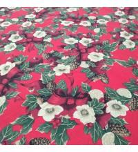 Новогодняя ткань Рождественский букет бордовый