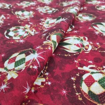 Новогодняя ткань Елочные игрушки бордовый 475721